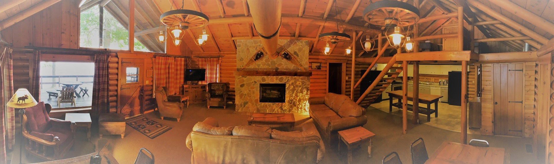 The Cedars Log Cabin Home is a great choice for a Family Reunion on Leech Lake.