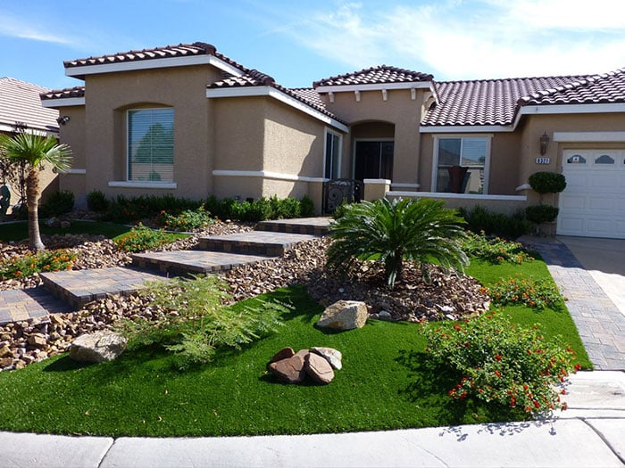 5 Reasons You Need Professional Landscaping