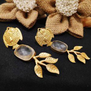 Artistic Gold Fish Quartz Crystal Drop Danglers
