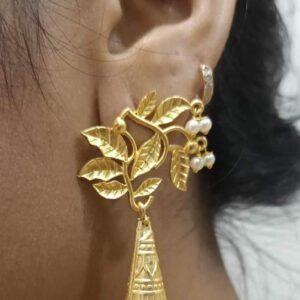 Leafy Top Long Flute Jhoomer Earrings