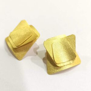 Goldplated Origami Textured Stud Earrings Side 2