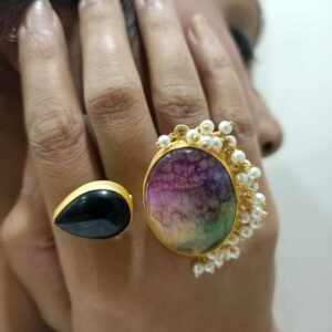 Black Rainbow Pearl Fringe Jogan Bi-Finger Ring Body