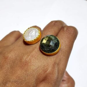 Labradorite and Mother of Pearl Bi-finger Gold Plating Ring Main