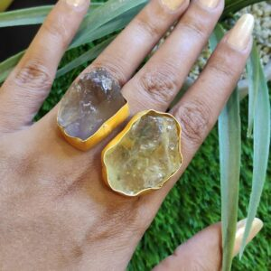Pastel Rocks Bi-finger Adjustable Ring with Citrine & Amethyst Hand