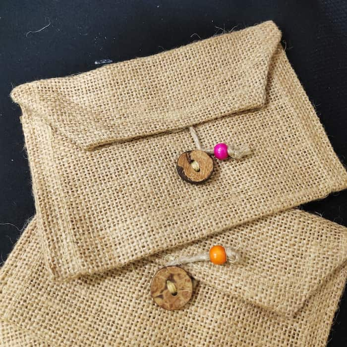 Travelling with Your Handmade Fashion Jewellery