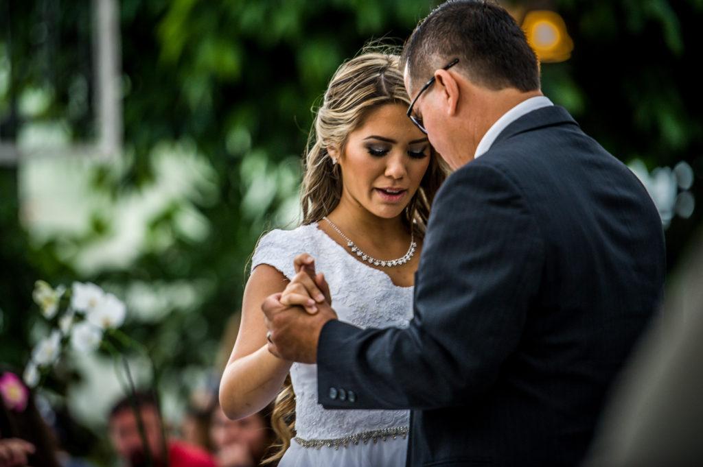 father daughter dance Ryan hender photography le garden wedding venue sandy utah