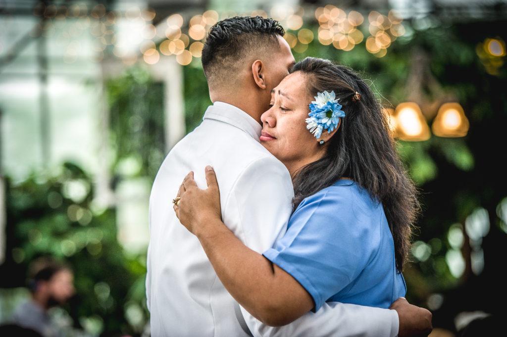 mother son dance Ryan hender photography le garden wedding venue sandy utah