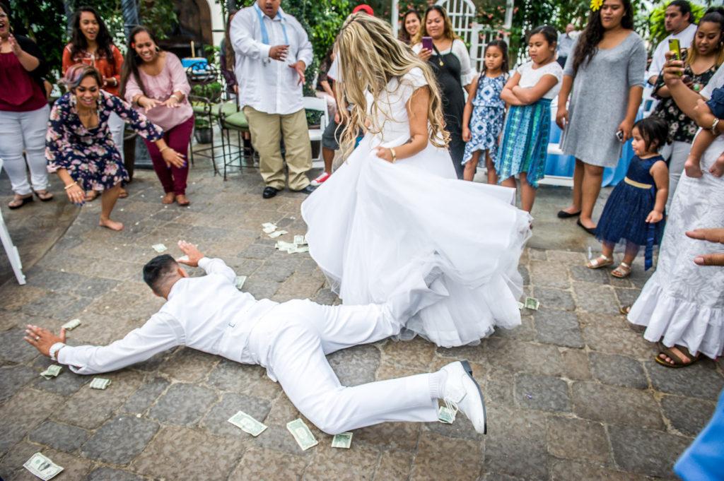 bride and groom dancing le garden wedding venue sandy utah