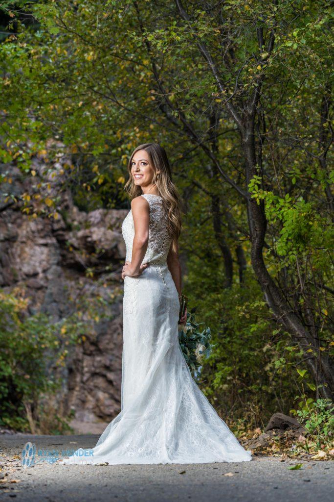bride fall colors bridal photo shoot big cottonwood canyon