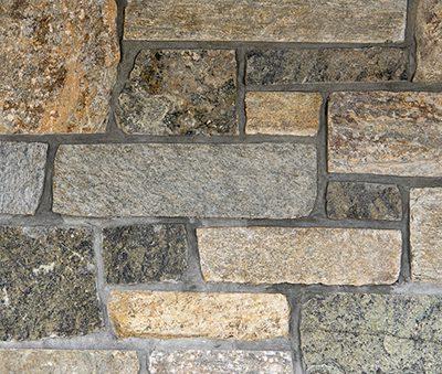 Sun-Valley-Roughly-Rectangular-Veneer-Building-Stone