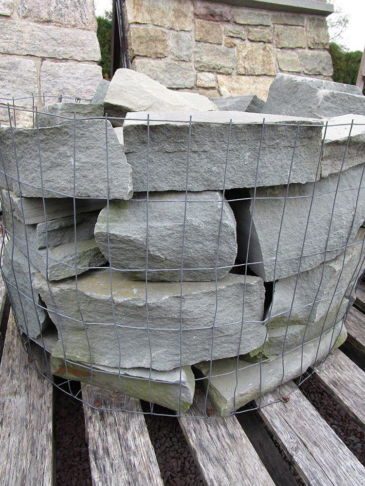 Snapped-Bluestone-Full-Size-Veneer-Stone