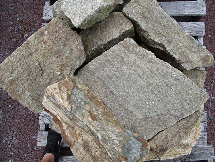 Indian Hill Full size veneer stone picture