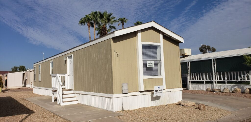 Bright and airy 2bd 2 ba in a Premier Gated Community with excellent access just off Loop 101 and 202 on McKellips with new flooring, paint and awning!!!