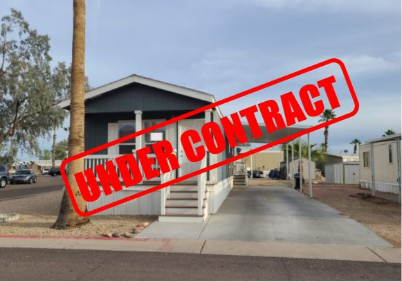 Large 2bd 2 ba in a Premier Gated Community with excellent access just off Loop 101 and 202 on McKellips