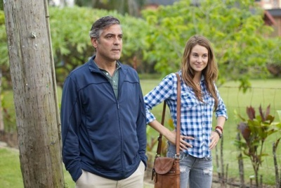 """Actors George Clooney (L) as """"Matt King"""" and Shailene Woodley (R) as """"Alexandra"""" on the set of THE DESCENDANTS. PHOTO BY: Merie Wallace Fox Searchlights Studio"""