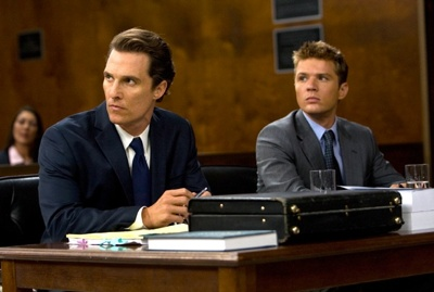Mick Haller (Matthew McConaughey, left) and Louis Roulet (Ryan Phillippe, right) in THE LINCOLN LAWYER. Photo credit: Saeed Adyani