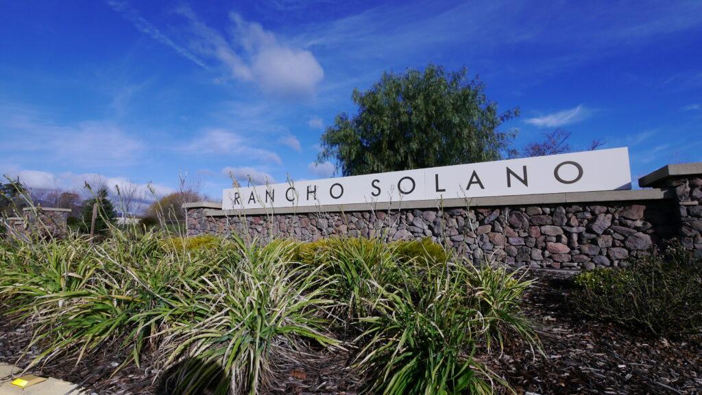 Rancho Solano Entry