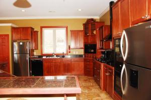 2 -ovens, refrigerators and dishwashers