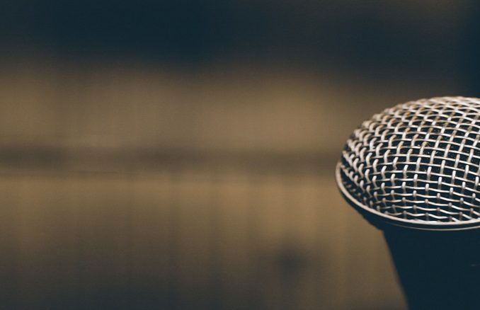 Presentation_Microphone_conference