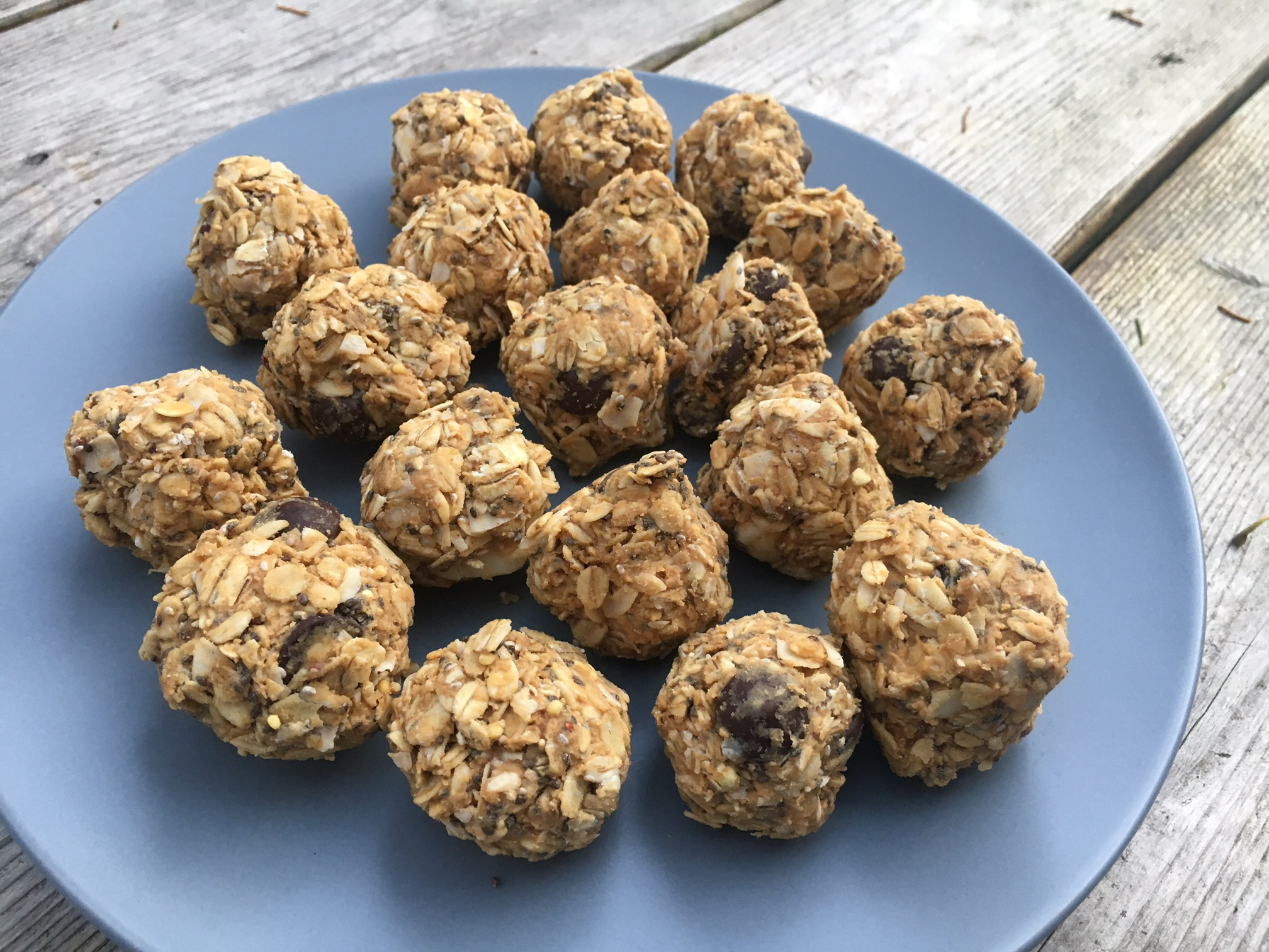 No Bake Coconut and Peanut Butter Bites
