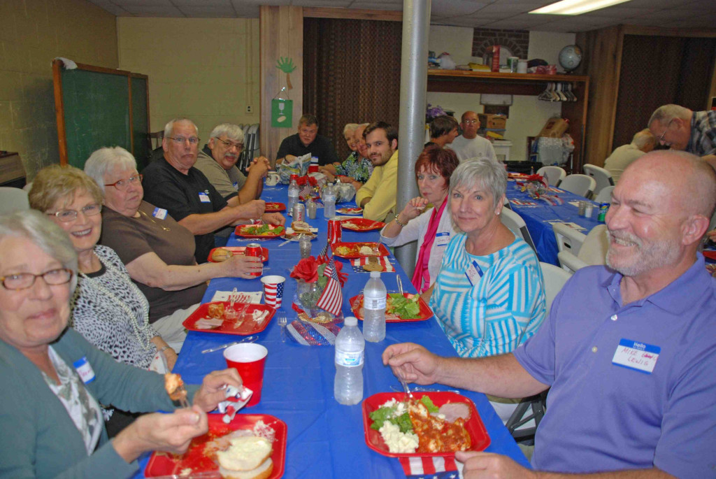 Luncheon Group4