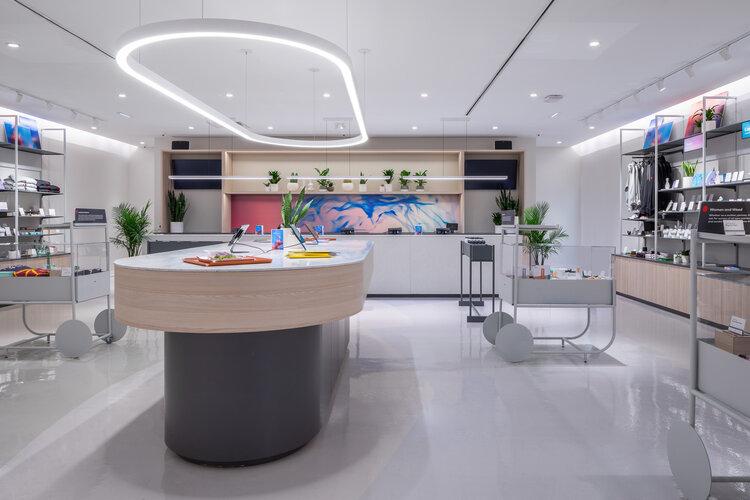 Tokyo Smoke interior product displays