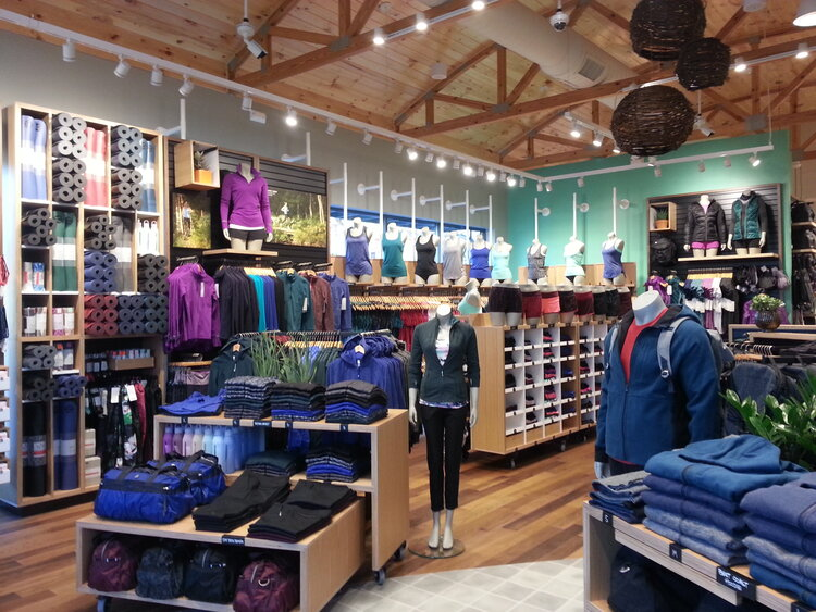 lululemon athletica interior merchandise displays