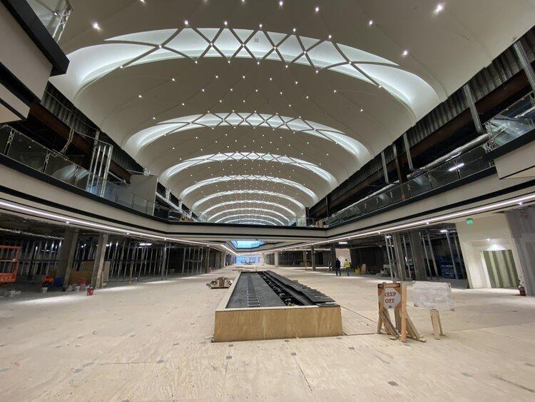 Arc'Teryx exterior of shopping center construction