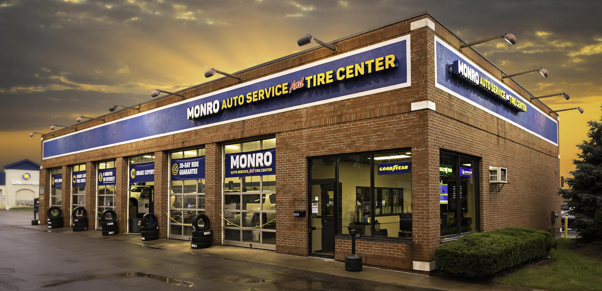 Monro exterior building
