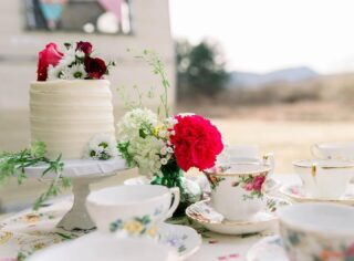 """But indeed I would rather have nothing but tea."" (And cake) — Jane Austen + ME 😬 . @lefaycottage @famousvintagecamperco @carlyrosephotography @andreasalazarphotography @bloomingarrowevents @hair.makeup.byvictoria  @tresbelleweddings @shop.primacreations @evelyns_arrangements @celebrate.me  @teawithladyd @Lizzy_von_blu @Kiki_belair @ssaaamzz . . .  #buttercreamcake #instabakes #instabakers #funcakes #stylishcakes #funcakes #Cakedealer #girlbosstribe #BakerLife #cakesdaily #bakeyourworldhappy #howtocakeit #cakesinstyle #cakeinspo #cakesofinstagram #cakedecorating #cakedesign #baking #homemade #cakedecorators #buzzfeedfood #cakegram #thebakefeed #sweettooth #instacake #virginiabaker #dmvfoodie #buttercreamlove #buttercreamdesign"