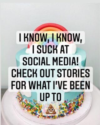 Gosh, ok! 😬 I'll post em on highlights too 😅 . . .  #birthdaycake #buttercreamcake #instabakes #instabakers #funcakes #stylishcakes #funcakes #Cakedealer #girlbosstribe #BakerLife #cakesdaily #bakeyourworldhappy #howtocakeit #cakesinstyle #cakeinspo #cakesofinstagram #cakedecorating #cakedesign #baking #homemade #cakedecorators #buzzfeedfood #cakegram #thebakefeed #sweettooth #instacake #virginiabaker #dmvfoodie #buttercreamlove #buttercreamdesign