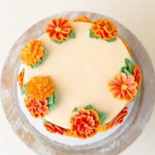 Flashback to the Marigold smash cake I made earlier this summer 🌼 . . .  #birthdaycake #buttercreamcake #instabakes #instabakers #funcakes #stylishcakes #funcakes #Cakedealer #girlbosstribe #BakerLife #cakesdaily #bakeyourworldhappy #howtocakeit #cakesinstyle #cakeinspo #cakesofinstagram #cakedecorating #cakedesign #baking #homemade #cakedecorators #buzzfeedfood #cakegram #thebakefeed #sweettooth #instacake #virginiabaker #dmvfoodie #buttercreamlove #buttercreamdesign #buttercreamflowers