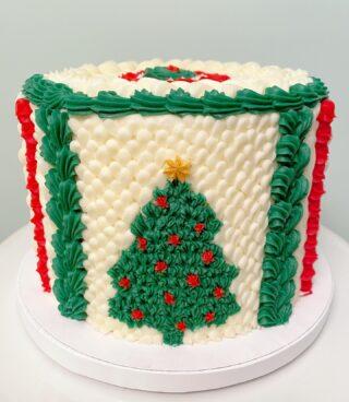 A knitted sweater cake on this Christmas Eve 🎄I hope everyone is staying warm out there!  . . . #christmascake #knittersofinstagram #knittedcake #crotchetcake #buttercreamcake #instabakes #instabakers #funcakes #stylishcakes  #BakerLife #cakesdaily #bakeyourworldhappy #howtocakeit #cakesinstyle #cakeinspo #cakesofinstagram #cakedecorating #cakedesign #baking #homemade #cakedecorators #buzzfeedfood #cakegram #thebakefeed #sweettooth #instacake #virginiabaker #dmvfoodie #buttercreamlove #buttercreamdesign