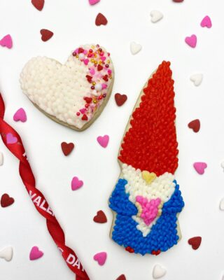 """Valentine """"buttercream"""" cookie collab (challenge for me as I only decorate cookies with royal icing!) Am I the only one who's obsessed with Gnomes?🥰Thought I would throw in some knitting flare to get this look. Thank you ladies for this awesome collab ❤️ @mustlovefrosting @amandascookiesandcakes #vdaybuttercreamcookiecollab2021 . . . #cookiedecorating #customcookies #timeforcookies #sugarcookies #sugarcookiedecorating #cookiesthatinspire #cookieideas #cookieart #royalicingcookies #cookier #instacookies #cookieoftheday #cookielove #cookieboss #cookiegram #virginiabaker #novabaker #novamom #dmvfoodie #virginiabakery #virginiabakers #dmvfoodie #fairfaxva #fairfaxvirginia #northernvirginia #dcsmallbusiness #dcfood #valentinecookies #buttercreamknitting"""