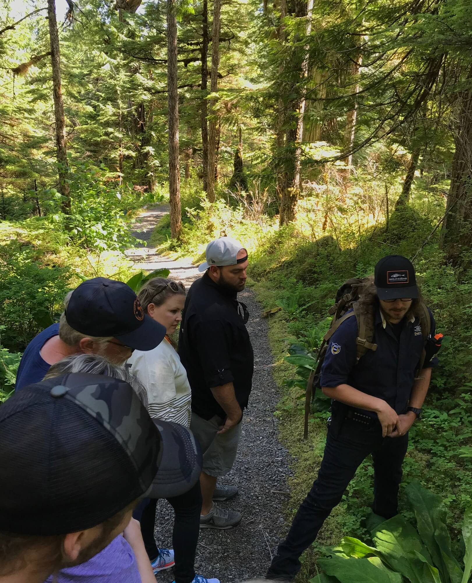 https://secureservercdn.net/72.167.241.180/c2p.415.myftpupload.com/wp-content/uploads/2018/10/Alaska-Bear-Trail-with-guide.jpeg?time=1634200883