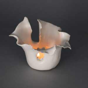 Dawson Morgan Candle Holder White Matte Small Dramatic 5x5x3