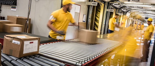 Preparing Your Fulfillment Operations for Peak Holiday Returns