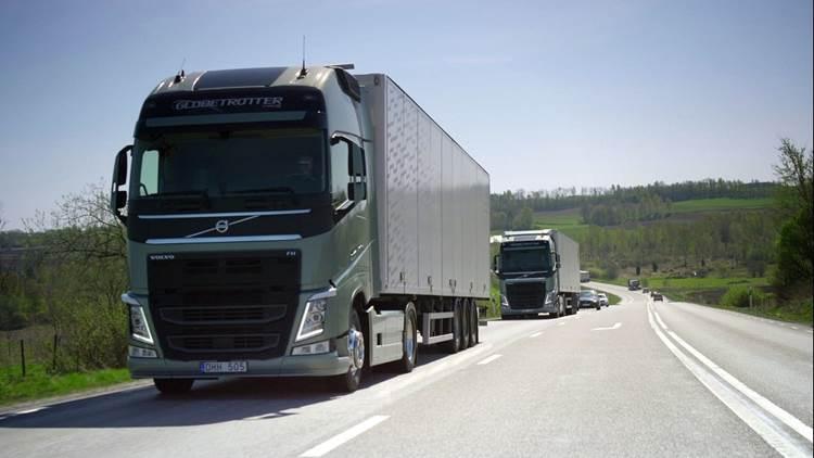 autonomous-self-driving-truck-volvo