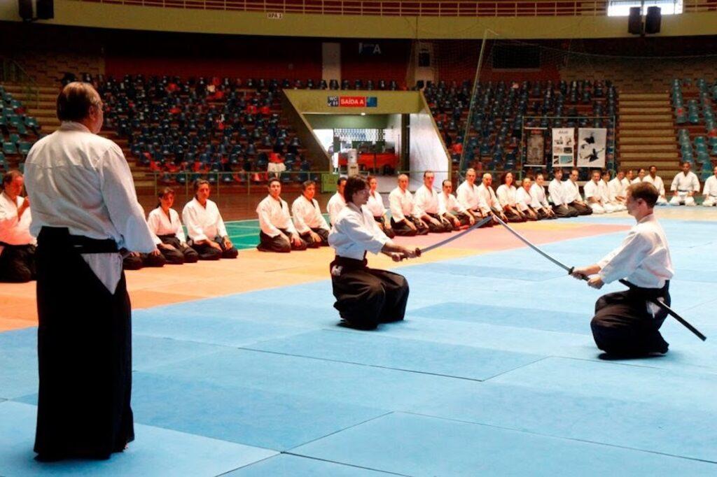 Cerimônia de abertura de seminário com o Mestre Stobbaerts no Brasil em 2011.