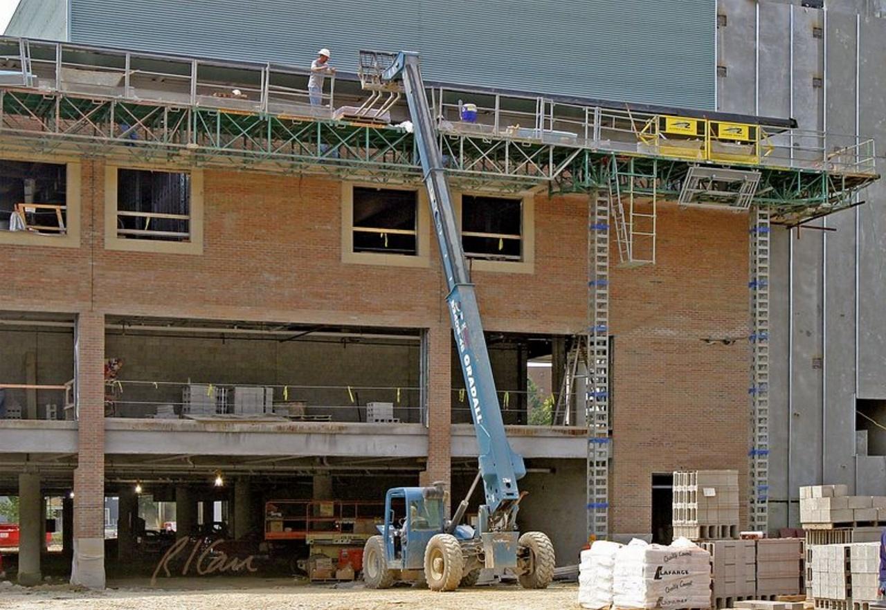 Lifts & Scaffolding