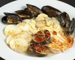 broiled-seafood-combo-300x240