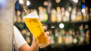 happy-hour-image-draft-beer-courtesy-pixabay-300x169