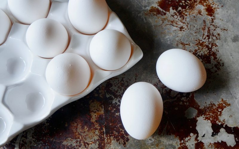 How To Separate Eggs By Rebecca Gordon Buttermilk Lipstick Southern TV Cooking Personality Birmingham Alabama Spring Entertaining Tailgating Expert Sports & Football Entertaining Parties & Ideas Raycom News Network Tide & Tigers Today Tailgating Host Original Game Day Menus Pastry Chef Cooking Lessons