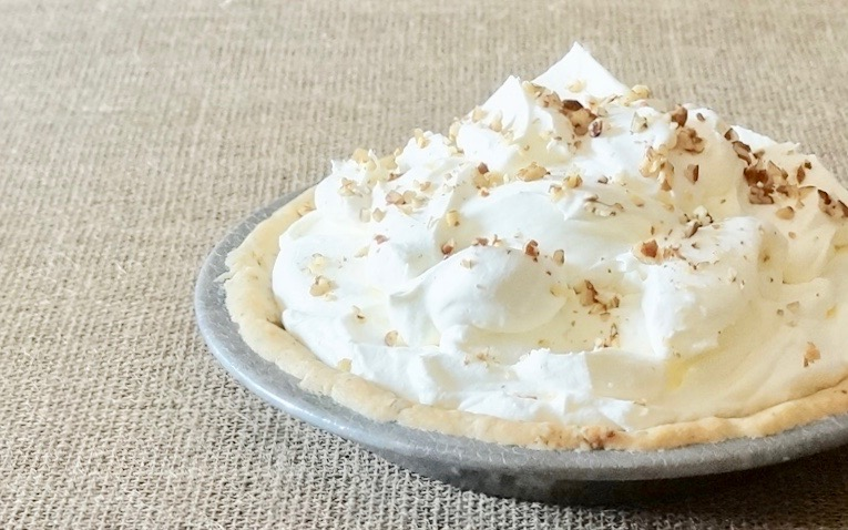 Tailgating Recipes. How To Make Vanilla & Chocolate Icebox Pie By Rebecca Gordon Editor-In-Chief Buttermilk Lipstick Culinary Southern Entertaining Southern Hostess Game Day Entertaining Football Party Football Food Tailgate Appetizers Dessert Dips Gameday Entertaining Tailgating Recipes How To Make Icebox Pie