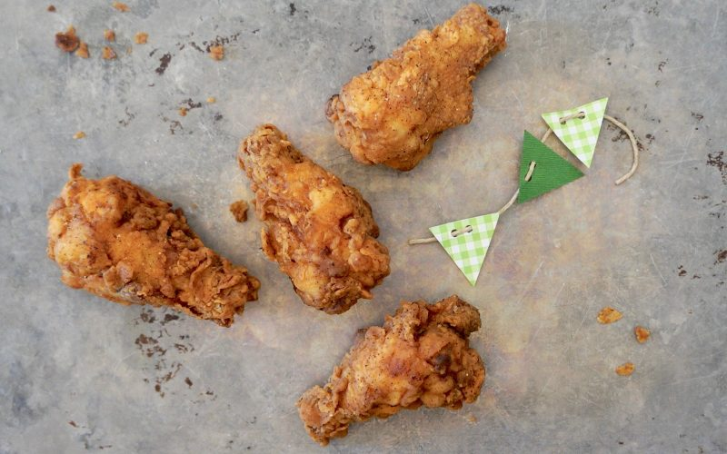 Southern-Entertaining-Hot-Buffalo-Fried-Chicken-Rebecca-Gordon-Buttermilk-Lipstick-Tailgating-Recipes-Game-Day-Entertaining-Cooking-Baking-Tutorials-Football-Food-Southern-Hostess-Southern-Tailgating-Gameday-Hot-Wings-Tailgating-Buffalo-Wings