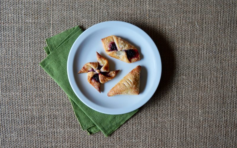 Southern Entertaining. The Miniature Danish Pastry Colletion By Rebecca Gordon Editor-In-Chief Buttermilk Lipstick Culinary Entertaining Techniques Fresh Blueberry-Ricotta Danish Turnovers By Rebecca Gordon Editor-In-Chief Buttermilk Lipstick Culinary Entertaining Techniques Fresh Bluberry-Ricotta Filling By Rebecca Gordon Editor-In-Chief Buttermilk Lipstick Culinary Entertaining Techniques Cooking Baking Tutorials Modern Southern Socials Game Day Entertaining Southern Entertaining RebeccaGordon ButtermilkLipstick TV Cooking Personality Pastry Chef Birmingham Alabama How To Make Blueberry-Ricotta Filling For Classic Danish Pastry