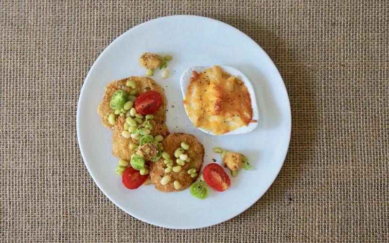 Southern-Vegetable-Plate-Fried-Green-Tomatoes-Rebecca-Gordon-Editor-In-Chief-Buttermilk-Lipstick-Culinary-Entertaining-RebeccaGordon-Southern-Hostess-Chef-Gardener-Birmingham-Alabama