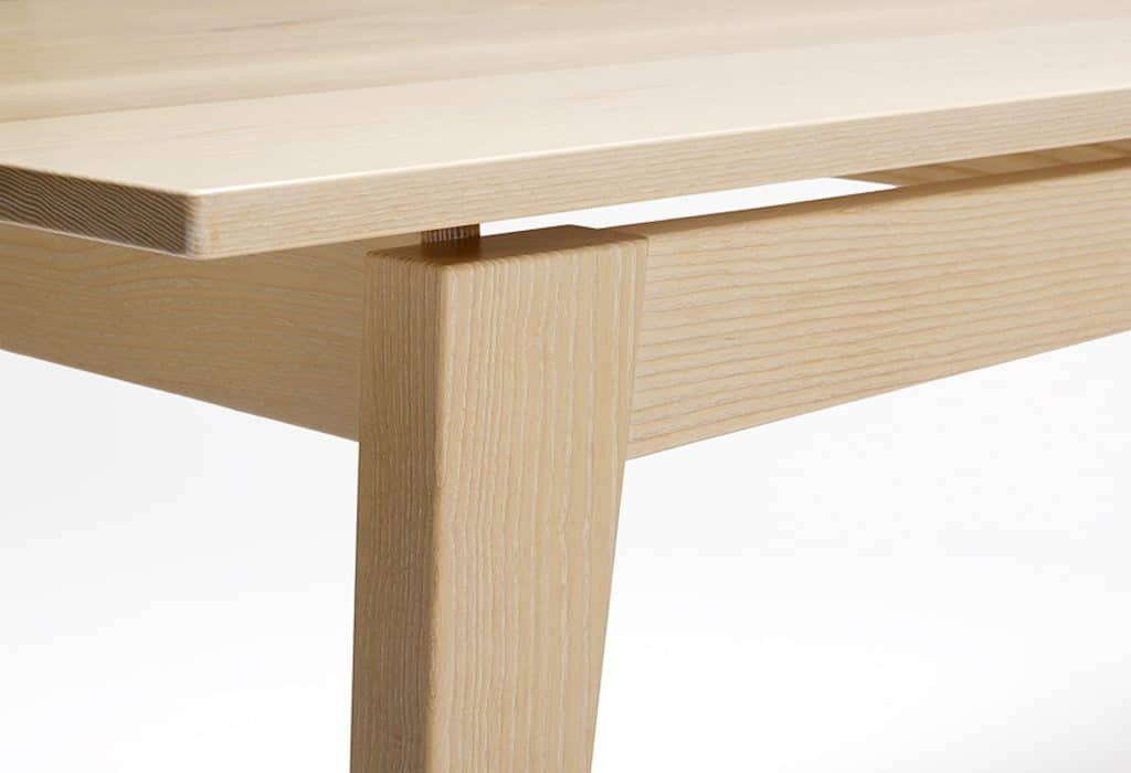 Ash Dining Table corner detail