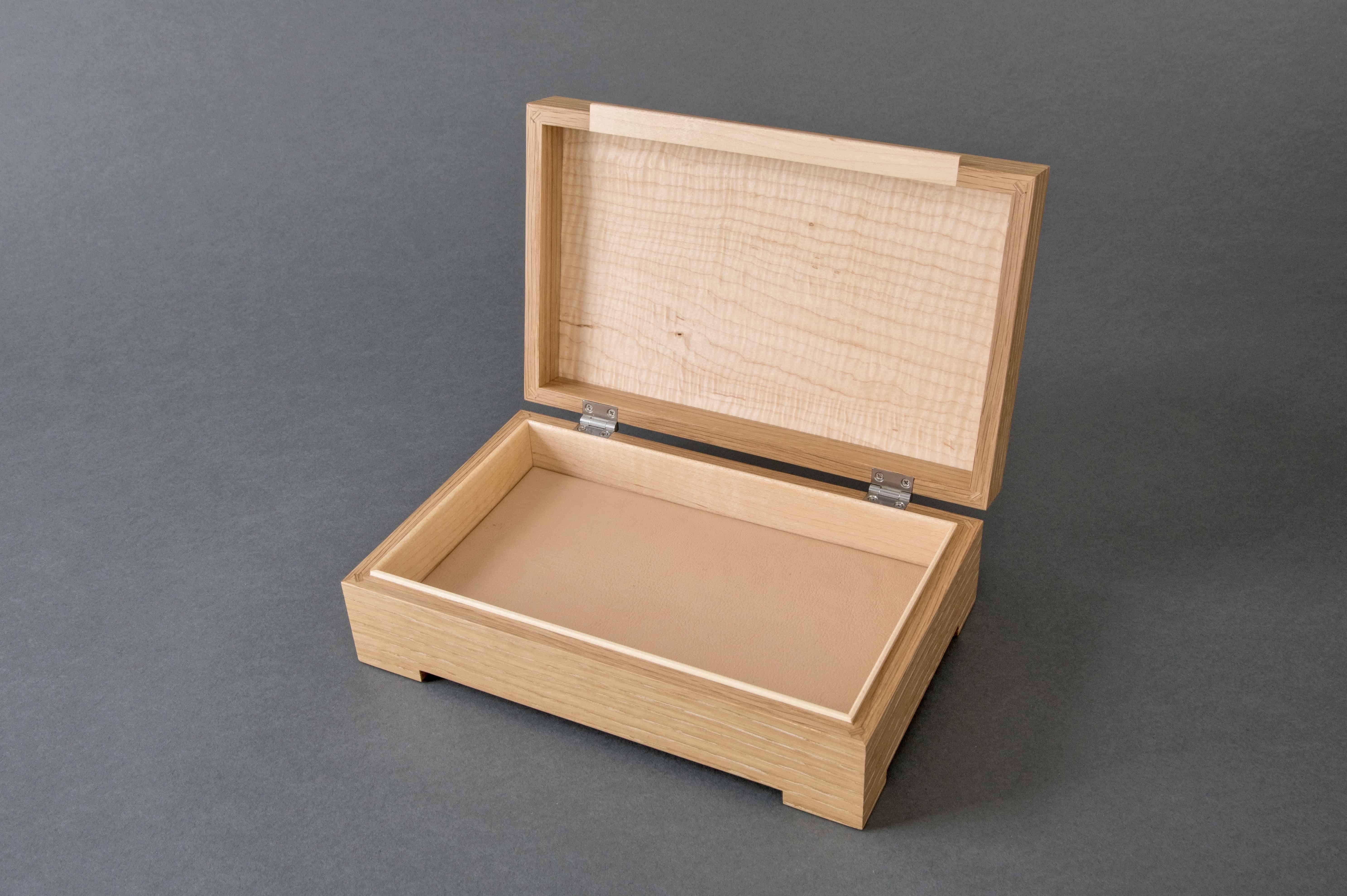 WhiteOak and Maple Grid Jewelry Box