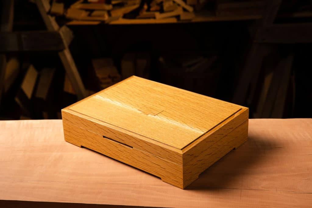 Oak Jewelry Box: L. Kahn